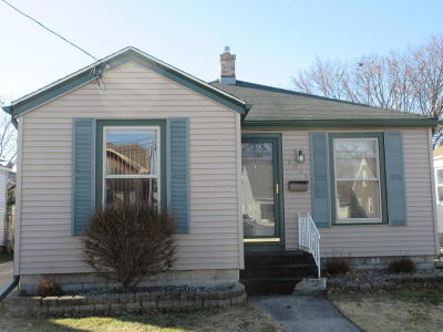 Racine Single Family Home Active Contingent With Offer: 3015 Twentyfirst St