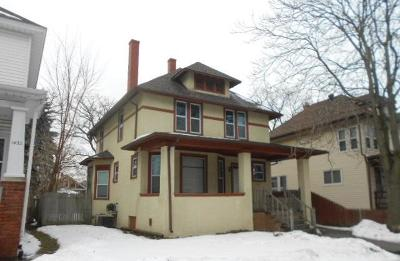 Racine Single Family Home For Sale: 1428 Quincy Ave
