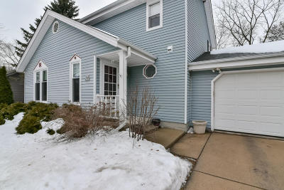 Ozaukee County Single Family Home Active Contingent With Offer: W52 N259 Pierce Ave