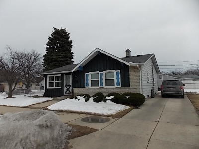 Racine Single Family Home For Sale: 5105 16th St