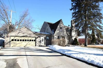 Milwaukee County Single Family Home For Sale: 2750 N 98th