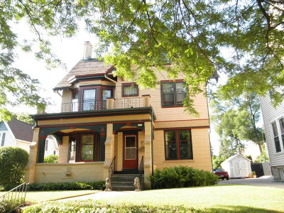 Wauwatosa Single Family Home For Sale: 7417 Milwaukee Ave