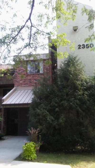 Glendale Condo/Townhouse For Sale: 2350 W Good Hope Rd #352