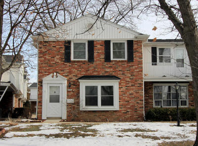 Greenfield Condo/Townhouse For Sale: 5081 W Colonial Ct