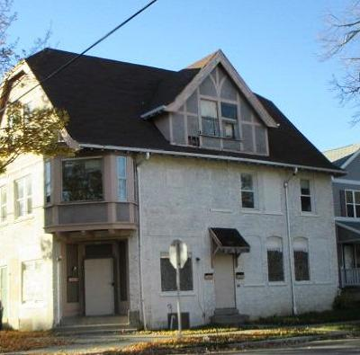 Milwaukee Multi Family Home Active Contingent With Offer: 3201 N Buffum St #3203