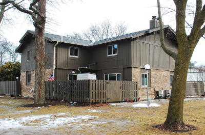 Menomonee Falls Condo/Townhouse For Sale: N76w14528 Northpoint Ct