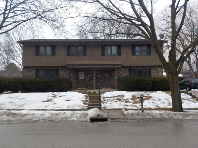 Waukesha Two Family Home For Sale: 1217 Fleetfoot Dr #1219