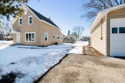 Pell Lake Single Family Home Active Contingent With Offer: N1241 Walnut Rd