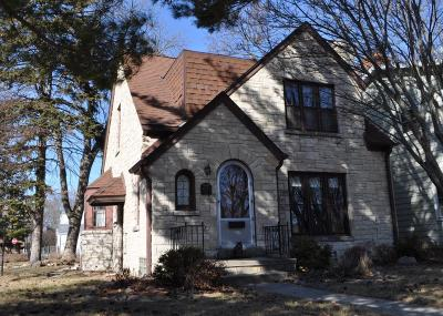 West Allis Single Family Home Active Contingent With Offer: 10634 W Rogers St