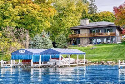 Lake Geneva Single Family Home For Sale: 932 Marianne Ter