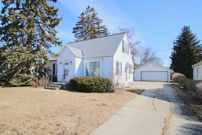 West Allis Single Family Home For Sale: 2808 S 76th St