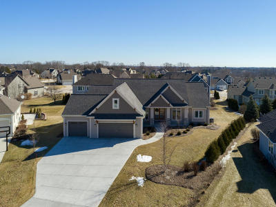 Cedarburg Single Family Home Active Contingent With Offer: W50n654 Creek View Ct