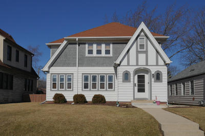 West Allis Single Family Home Active Contingent With Offer: 7118 W Beloit Rd