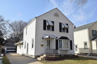 West Allis Single Family Home Active Contingent With Offer: 1953 S 95th St