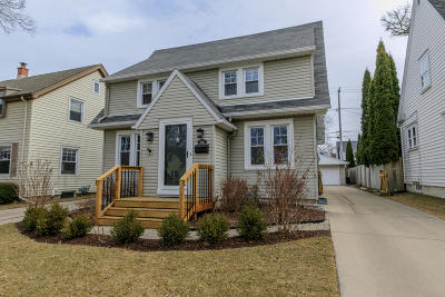 Whitefish Bay Single Family Home Active Contingent With Offer: 5912 N Kent Ave