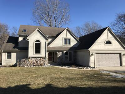West Bend Single Family Home Active Contingent With Offer: 5126 Martha Dr