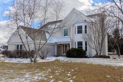 Menomonee Falls Single Family Home Active Contingent With Offer: N66w14659 White Birch Dr