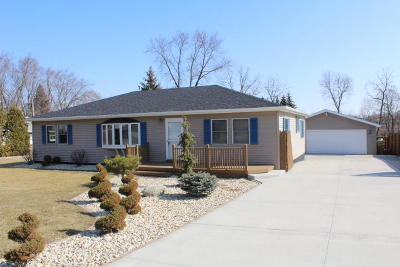 Pleasant Prairie Single Family Home Active Contingent With Offer: 8345 104th Ave