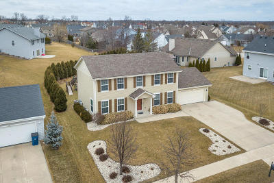 Oak Creek Single Family Home Active Contingent With Offer: 600 E Randy Rd