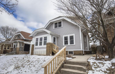 Milwaukee Single Family Home Active Contingent With Offer: 1427 E Pryor Ave