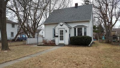 West Allis Single Family Home For Sale: 815 S 113th St