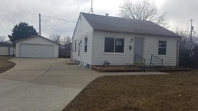 Milwaukee Single Family Home Active Contingent With Offer: 8509 W Adler St