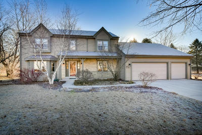 Cedarburg Single Family Home Active Contingent With Offer: W68n1028 Kensington Ave