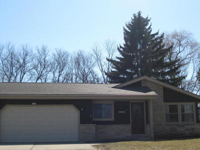 Greenfield Single Family Home For Sale: 6413 W Leroy