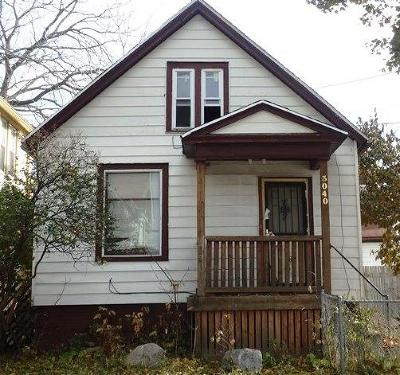 Milwaukee Single Family Home For Sale: 3040 N 11th St
