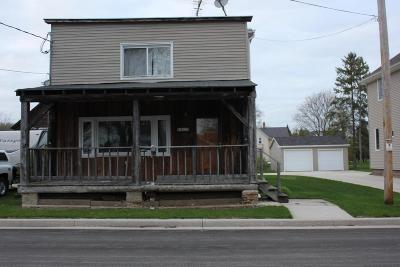 Single Family Home For Sale: 1052 W Grant Ave