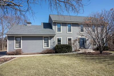 Menomonee Falls Single Family Home Active Contingent With Offer: W156n5382 Bette Dr
