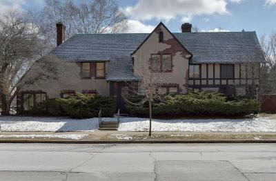 Milwaukee Single Family Home Active Contingent With Offer: 2044 N Lake Drive