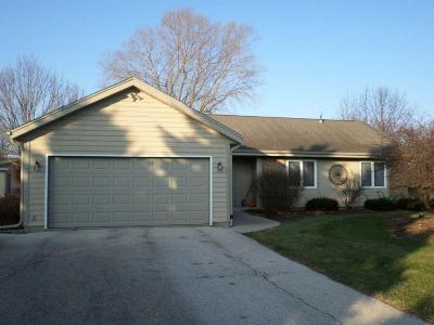 West Bend Single Family Home Active Contingent With Offer: 6205 W Linden Dr