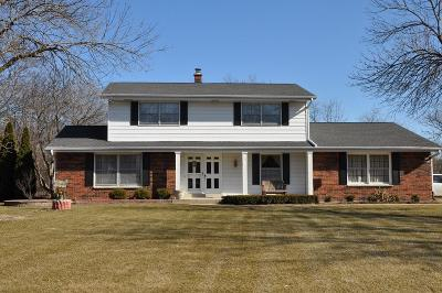 Muskego Single Family Home For Sale: W170s6820 Timber Ct