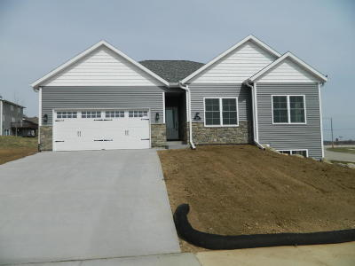 Watertown Single Family Home For Sale: 1514 Wedgewood