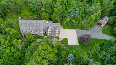 Slinger Single Family Home Active Contingent With Offer: 4459 Cedar Creek Rd
