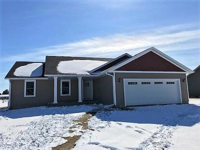 Sparta WI Single Family Home For Sale: $209,900