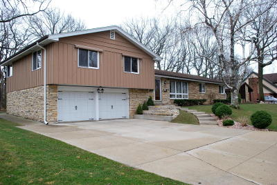West Allis Single Family Home For Sale: 2038 S 104th St