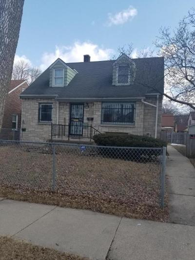 Milwaukee Single Family Home For Sale: 4358 N 42nd Pl
