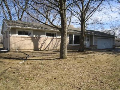 Menomonee Falls Single Family Home Active Contingent With Offer: N61w15230 Wigwam