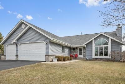 Menomonee Falls Single Family Home Active Contingent With Offer: W143n6424 Aspen Dr