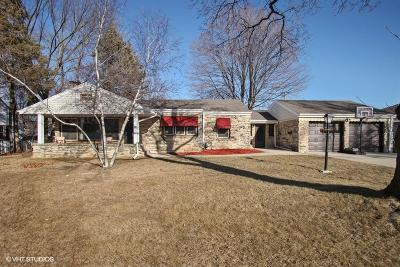 West Allis Single Family Home Active Contingent With Offer: 938 S 112th