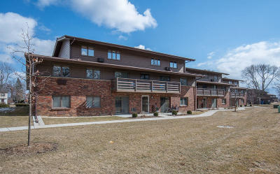 Greenfield Condo/Townhouse For Sale: 3965 S 84th St #3