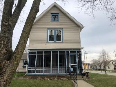 Watertown Single Family Home For Sale: 301 E Milwaukee St.