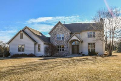 Mukwonago Single Family Home For Sale: W307s8780 Woodland Dr