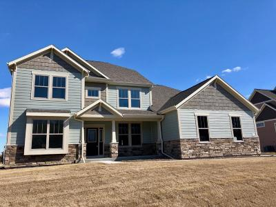 Menomonee Falls Single Family Home Active Contingent With Offer: W175n5246 Highridge Dr