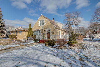 West Allis Single Family Home Active Contingent With Offer: 2068 S 106th St