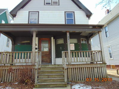 Milwaukee Single Family Home For Sale: 3125 W Michigan St