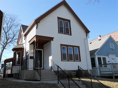 Milwaukee Single Family Home For Sale: 3265 N Oakland Ave
