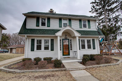 West Allis Single Family Home For Sale: 2403 S 109th St